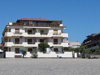 Apartment on the sea Giardini Naxos
