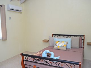 Heywoods Park, Speightstown, St. Peter - 2 Bedrooms - Free Wifi -  Near to Beach