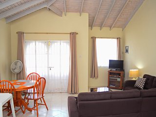 Holiday Apartment to Rent - Speightstown - Near Beach, Wi-Fi, Sleeps 4