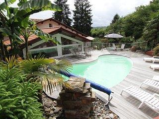 maison avec piscine et spa a 15 mn de biarritz