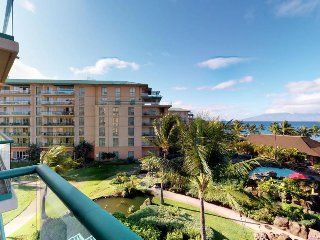 Luxury condo in oceanfront resort w/ marvelous views, resort pools & hot tubs!
