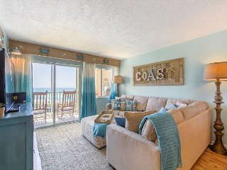 Coastal Heaven Retreat - Upscale Beachfront, Truly Beautiful! (407)
