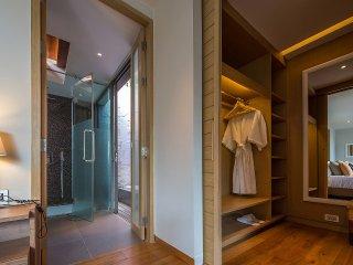 Luxury 7 bedroom villa in Layan