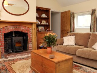 GOSLINGS cottage, all on one level, rural, near Holsworthy, Ref 960111