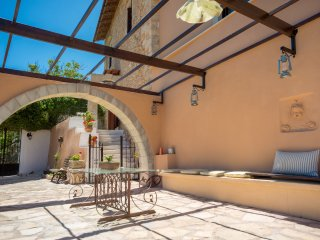 Amazing villa,Stunning views,Next to Almyrida for up to 13 persons,Kids Pool