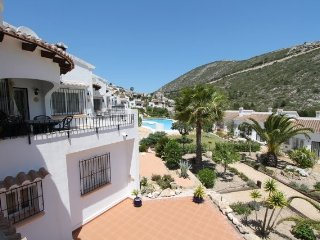 MJ000220- 3 BEDROOM LINKED VILLA - ONLY 10 MINUTE DRIVE FROM BEACH AND TOWN