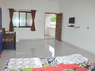 A very Large room to Stay near Nagon Beach