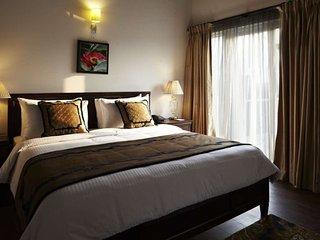 Elegant Suite in villa to stay