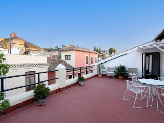 Precioso atico reformado en el centro de Granada