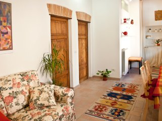 'Perugia Antica'  Sunny Holiday Apartment with Panoramic View, Good position