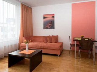 Spacious Angel III apartment in Smíchov with WiFi & lift.
