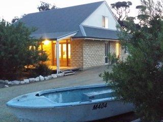 Seaside Garden Cottages:The Villa. Sleeps up to 12, 4.5 Bedrooms, 2 Bathrooms