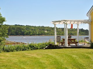 Artist Waterfront Retreat on Machias Bay.  Perfect for Couples and Families.