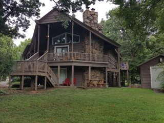 Family Friendly Lakefront Home w/Large Yard & Boat Dock Sleeps 14 + Kids Under 6