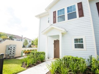 West Lucaya 4 Bedroom 3 Bath ID: 230337