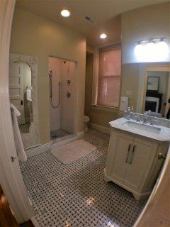 One of  5 full baths