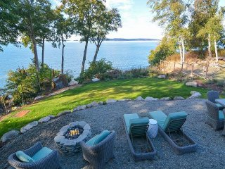 Spacious and bright waterfront home w/ stunning views of the bay throughout!