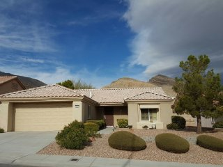 Sun City Summerlin 55+ Aged Restricted Community: Beautiful Single Family Home