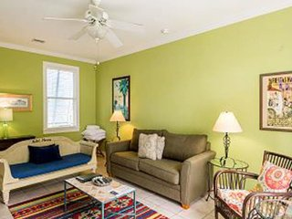 Cozy home w/ private hot tub, covered lanai & nearby beach access!