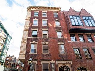 112 Myrtle Street Apartment 4