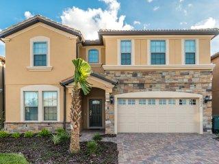 Westside Resort - 9BD/6BA Pool Home - Sleeps 22 - Platinum