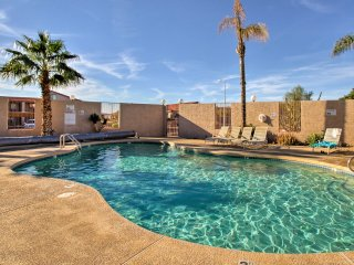 NEW! Cozy 1BR Apache Junction Condo w/Views & Pool