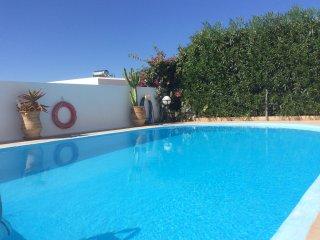 Villa dans petit village Crétois avec vue superbe sur la mer Egée. 6 couchages