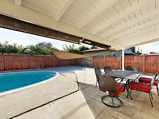 Updated 3BR w/ Pool & Outdoor Dining, Near Disneyland, 25 Minutes to Beach
