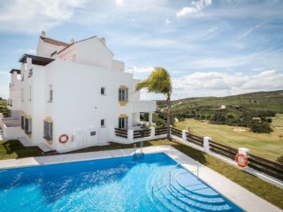 LOVELY 2 BED GOLF APT. POOL, CLUBHOUSE/REST,10 mins to BEACH, VALLE ROMANO GOLF