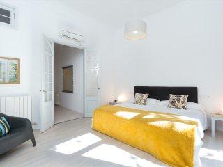Stylish flat near Plaza Catalunya