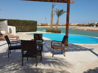 4 bedrooms villa in west golf EL Gouna