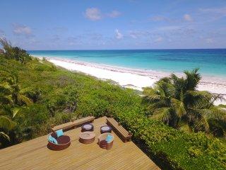 5000 SF luxury beachfront home on 2 acres