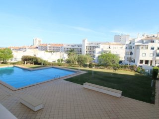 Apartment Aldeia Azul, Oura Beach, Albufeira Sleeps 6, with Swimming Pool