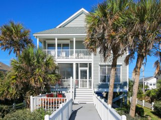 ALL-INCLUSIVE RATES! Neagle House - Oceanfront with Walkway - Gorgeous Views!