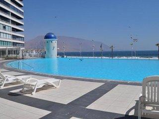 Mar Egeo Vista a Cavancha Y Playa Brava