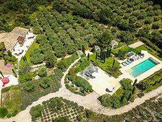 Mas des Cypress