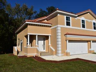 The brand new (November 2017) Duplex Cobia. The left half is your villa