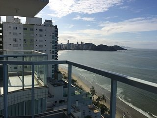 Sea Front Apartment in Ed. Imperatriz