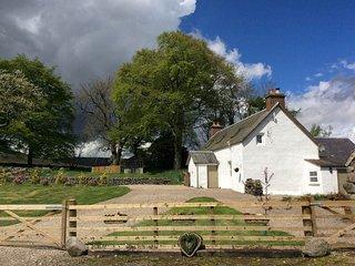 37440 Cottage in Kirriemuir