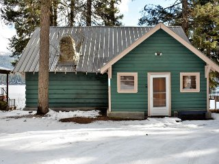 Lakefront cabin w/ private boat slip & dock, fireplace, and deck