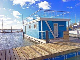 Ostsee Hausboot Antje Frieda auf der Sonneninsel Fehmarn