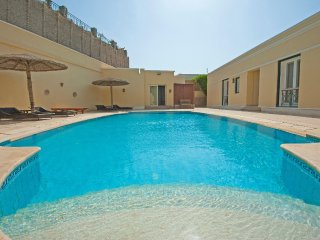 Spacious 5 Bedrooms Hill Villa in El Gouna Sleeps 10 People