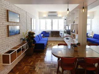 Rio043-Two bedroom apartment in the heart of Ipanema