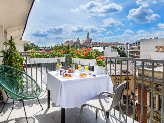 One & Only Apartment 2 Private terrace, best castle view, 3 min.Market Square