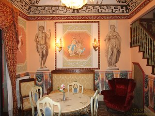 Royal Ct Loft in the center of Catania with original murales , Piazza Duomo
