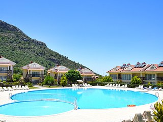 Luxury apartment with sea and mountain view in Oludeniz