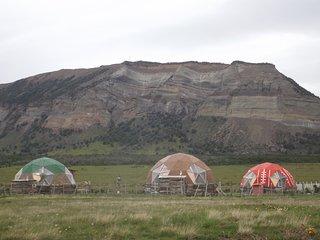 Refugio FOSSIL. Domos Patagonia. Domo Aonikenk. Puerto Natales, Chile.