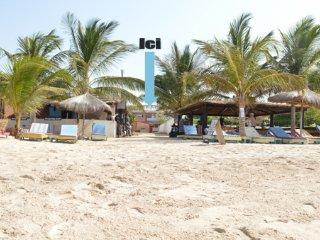 Magnifique villa de 450 m2 avec piscine privée et plage semi privée