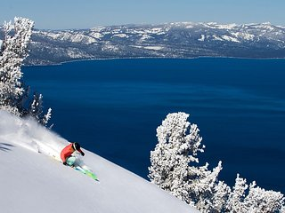 Ski In/Out in South Lake Tahoe (Heavenly) to Celebrate This Holiday Season