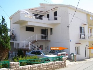 Apartments Artrica  Novalja A 1  6 pax